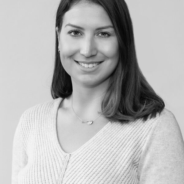 Dr. Adriana Ventura