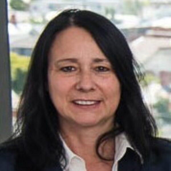 Professor Karin Jandeleit-Dahm